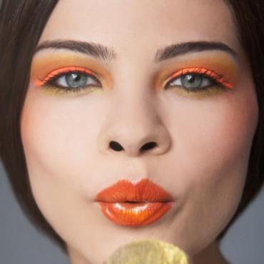 tendance-printemps-ete-2013-du-maquillage-orange-pour-vous-donner-4777473jtfxh_2041