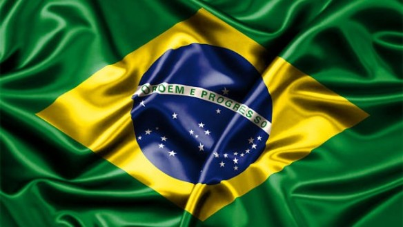 bandeira-brasil-manifestacoes-620x350