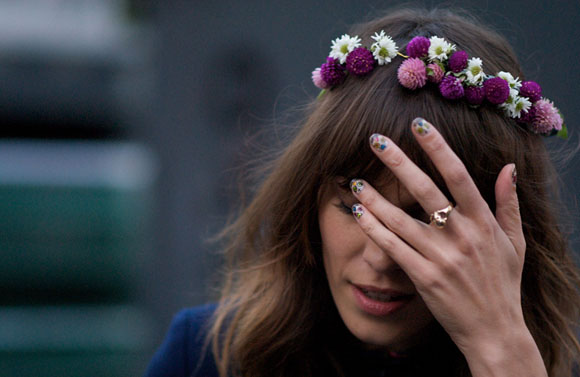 floral-crown-alexa-chung